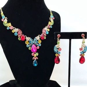 Multicolor Crystal Statement Necklace Set